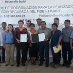 Anuncia @Gobierno_Tab mas inversiones por 36 mdp para obras en #Balancan con @PdroArguello http://t.co/1RVMtwpsuS