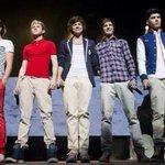 Sdds das roupas coloridas, das blusas listradas do Louis, do cabelo cacheado do Harry, de tudo #CarrotForANight http://t.co/Ara3frn6qs