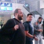 liam e louis foram vistos no aeroporto hoje, ah n pera #askpessoasnormaisde22anos http://t.co/TQ2QDlHzSR