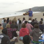 """Pepperdine Universitys """"Church and Surf"""" offers students faith and fitness at Zuma Beach http://t.co/johDrJi3z8 http://t.co/t4B10S20uE"""