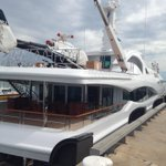 Fancy boat, no, chopper, no boat with chopper. ??? Stokes Hill Wharf Darwin. @VickiKerrigan http://t.co/EiG0gIYL1T