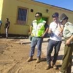 Gobierno s despliega en Taltal para informar a comunidad sobre limpieza y ayuda. Maquinaria Vialidad despejando vías http://t.co/BLYBTTBkH5