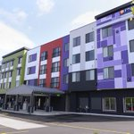 .@BIGGBYCOFFEE opens near Midtown in Lansing http://t.co/Xj56yKKOSK via @LindsayVanHulle http://t.co/OpLZnnr9yE