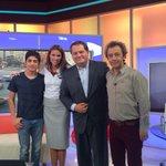 Gracias a Nicolas Rojas y Daniel Muñoz por acompañarnos en #TuMañana! Este domingo 22:20 estrenan @ZamudioTVN http://t.co/BZMYJBK8Fn