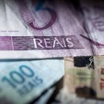 Economia brasileira cresceu 0,1% em 2014, diz IBGE. http://t.co/AyiL0W1dNC http://t.co/QznWVEucqJ