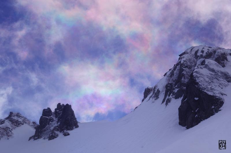 「彩雲パラダイス」2015.3.23撮影 まるでオーロラのような空一面の彩雲が幻想的でした。 #airsora #mysky #千畳敷カール https://t.co/51ZkRpkiiq http://t.co/qoyNhBKR7O