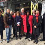 Had fun in #MuswellHill with @CatherineWest1, @CllrMarkBlake + a good group of @HackneyLabour folks #labourdoorstep http://t.co/vP0f0sOfNr