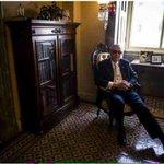Senator Harry Reid says he wont seek re-election. http://t.co/fwwjWjONG4 via @nytimes http://t.co/K4IdxYMgRx