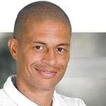 Alex, ex-meia da @SEPalmeiras, dá entrevista agora sobre seu jogo de despedida. Siga ao vivo:  http://t.co/5BeLLReKDW http://t.co/VPqH8MiN4D