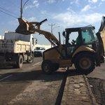 Continúan labores de despeje y limpieza de calles en sector alto de #Antofagasta http://t.co/thq2hGrX5j