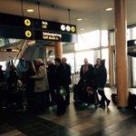 SAS setter opp buss fra Tromsø til Oslo. - Nå vil vi hjem, sier passasjerer #nyhetsvarsling http://t.co/4ImWJXj796 http://t.co/N16QYUuF2v