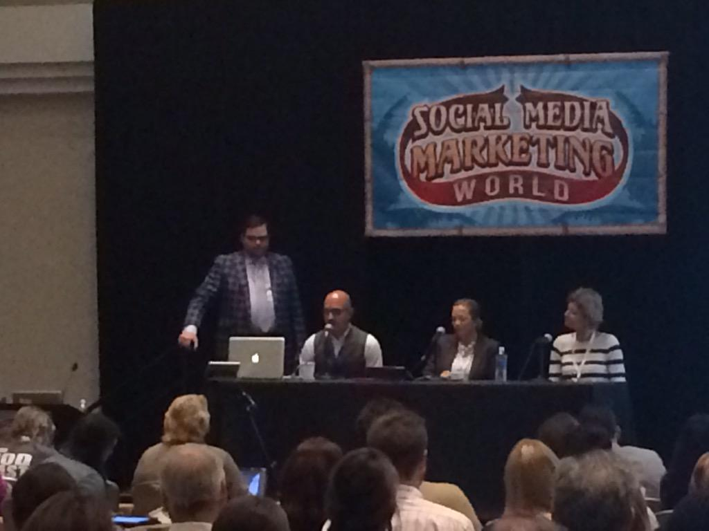 Love the #ScalingSocial session w/ @TysonFoods, @WholeFoods & @KLM - & dang, @jaybaer is Stylin' & Profilin' #SMMW15 http://t.co/dJ09lFnA70
