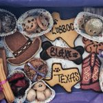 Now THATS a Lubbock Texas welcome! #threedogbakery http://t.co/wD7calvMqH