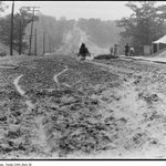 #FlashbackFriday of Bloor St. West at High Park (looking west) in 1914. #Toronto http://t.co/8XbnucvRlL