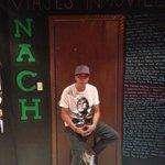 @Nachsoyyo hoy te veo hermano y escribí algo en mi cuarto nos vemos en el escena ✌️ un abrazo http://t.co/oq7GxkRlW0
