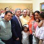 Gracias a los compañeros de la familia Crespo, por recibirnos en su casa en Los Jardines. http://t.co/qRjhnmAO0o