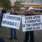 @CDN37 Parte pancartas de los grupos que esta tarde se manifiestan en contra de la decisión del juez especial de SCJ. http://t.co/zNvlRp2iWO