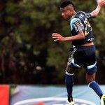 João Paulo torce tornozelo direito e Kelvin volta a treinar com bola no #Palmeiras; LEIA:  http://t.co/Q12PfbKQO3 http://t.co/dCTlWKM0gz