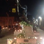 #leicesterglows #Leicester #RichardIII #richardreburied well done @Leicester_News http://t.co/07OhpSJEBB