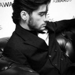RT for Zayn, is the last nomination with our Zayn! #KCA #Vote1DUК http://t.co/jtPAuc7yt6