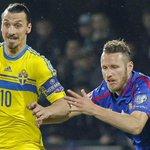 """VIDEO: Zlatan Ibrahimovic vuelve a sorprender con el gol """"más fácil"""" de su carrera. Así fue →http://t.co/U63l752KvE http://t.co/dNwwQyD9xB"""