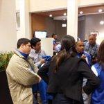 Jugadores de la #Selecta reciben visitas, entre ellos el presidente de @indeselsalvador. Vía @E_Espinoza21 http://t.co/fpQf8LPVXb