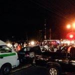 Bloqueo en Blvd. Belisario Domínguez y Fracc. Los Laureles. #Tuxtla http://t.co/fr4xCqyaSU