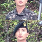 Handsome soldier Park.. ♥♥♥ RT @special1004: ..인생은 가까이서 보면 비극이지만 멀리서 보면 희극이다..~찰리채플린~ 다 추억이지 머.. http://t.co/rFgmIeRKk5