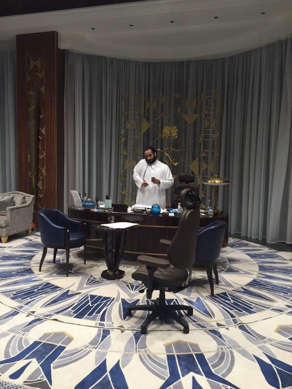 السويد..تعتذر الحوثي..يحترق علي صالح..يختبئ إيران..تصمت  المعنى الحقيقي لـ : إرفع راسك إنت سعودي  #عاصفة_الحزم http://t.co/BVLbSL86JS