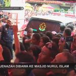 Jenazah Alm. Olga Syahputra dibawa ke Masjid Nurul Islam #RIPOlgaSyahputra #ENEWS http://t.co/UvNC2TMClA