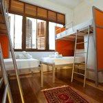 nah, backpackers hotel cuma dengan harga RM40. tapi lawa gila tempat dia and selesa yang amat 😍 http://t.co/eKyDj5b1fc