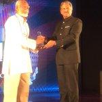 RT @Prakashukla: Veteran #Manipur #Theatre director Kanhailal receives Lifetime @METAwards from @anandmahindra @MahindraRise http://t.co/tO…
