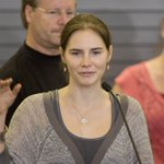 """""""RT@SarahJReports: #AmandaKnox full of joy after murder acquittal, victims mother shocked http://t.co/wEWo3tPO3V http://t.co/UDXU0Dty4Z"""""""