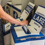 With less than an hour to go, #ballot boxes are packed full with #votes ready to be counted from 6pm. #nswvotes http://t.co/dZYVAgy0u7
