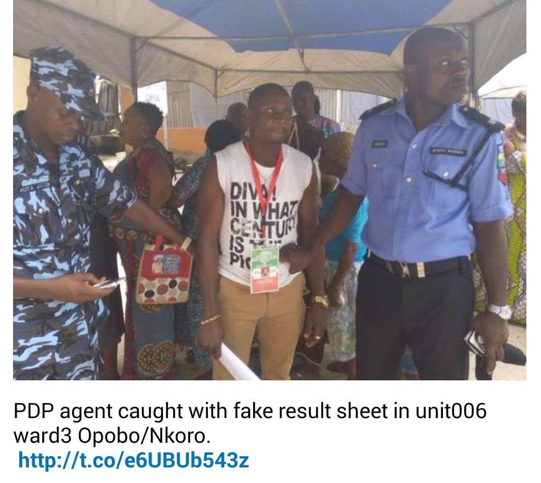 PDP Agent caught with fake result sheet in unit006 ward Opobo/Nkoro. http://t.co/2Vea7EHzan