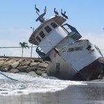 Oleaje sorprendió en la Península de Santa Elena. http://t.co/2JvkEFrYcG http://t.co/2qA4kb5Rw0