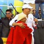 "Gracias @MashiRafael ""@olgafarfanvera:Unidos #SomosMás #HablandoLaPlenaComoElMashi #Todos somos #Venezuela http://t.co/oTIXCGcu4N"""
