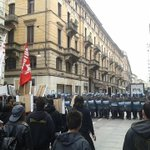 RT @eatps_: #Turin #Italy Police charge protester at #MaiconSalvini #antiracist demo right now https://t.co/kw4iB3j09g via @progettoDegage …