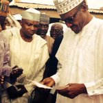 Opposition candidate Gen Buhari has voted at the polling station opposite his house in Daura, Katsina #NigeriaDecides http://t.co/Fg2diC6xJY
