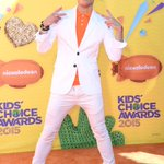 We LOVE @FrankieJGrandes shoes at the #KidsChoiceAwards! See more orange carpet photos here: http://t.co/EBGxVzu4vh http://t.co/Wh5LzlG2cD