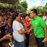 ???? Vamos estrechando manos, escuchando a la gente #ConTodoParaTodos http://t.co/FjGkIJBaFV