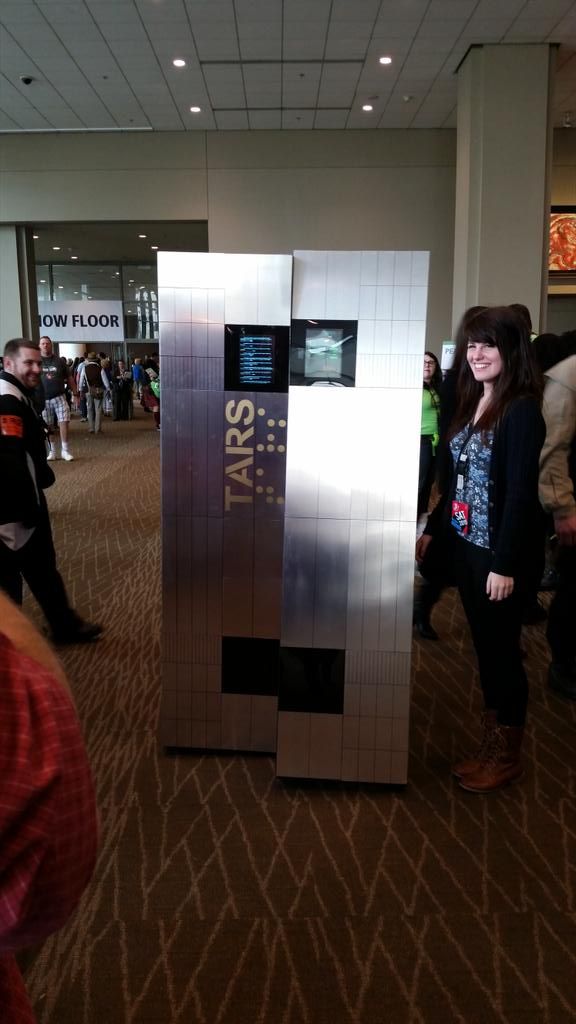 My favorite cosplay of #ECCC. I need to go back and get a video because the picture doesn't do it justice. http://t.co/xo25hFmLcU