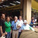 En Medellin, en diálogo permanente con la comunidad. http://t.co/NyDUqtMG4J