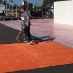 #thatmomentwhen you finish rolling out the orange carpet! See you tonight at 8/7c #highfive #KCA http://t.co/Wk8vqR2KHL
