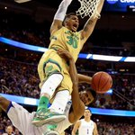 Zach Auguste and the Irish are feeling it. Auguste has 20 points as Notre Dame leads Kentucky, 61-56, with 5:22 left. http://t.co/e7J1Szi7Bj