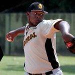 El Beisbol venezolano está de luto, Víctor Sánchez falleció http://t.co/etddp2jjM7 http://t.co/pbo1d5EjmZ