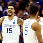 KENTUCKY SURVIVES! 38-0! WHAT A GAME! #NDvsUK #MarchMadness http://t.co/u1c8ckLfh3