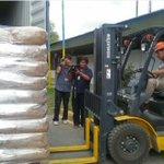 Así sale de Bolivia la leche de empresa peruana que Evo revendió al gobierno de Maduro (fotos) http://t.co/SYqTKYK9yr http://t.co/KAZz4EbXGW
