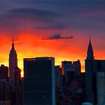Smoldering #sunset tonight in #NYC. http://t.co/HPmGmPk1oo