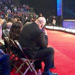 Im sitting across from Big Show at the Hall of Fame, and hes constantly vaping. http://t.co/7S2XGGeBxG